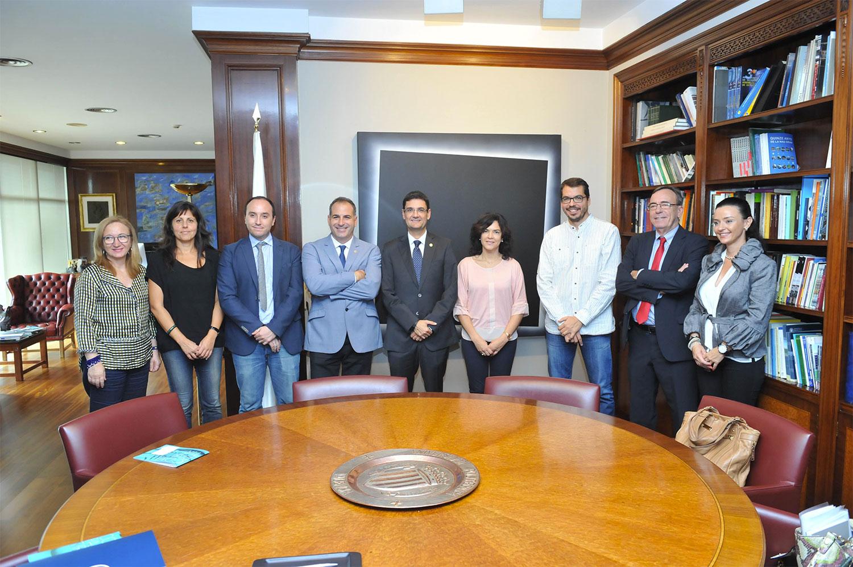 firma acuerdo colaboracion universidad politecnica de valencia (UPV) y Fundación Quaes